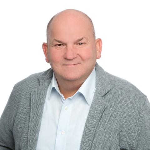 Olaf Franz – stellv. Mitglied im Hauptausschuss, stellv. Mitglied im Ausschuss Soziales, Bildung, Jugend und Kultur